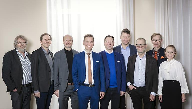 Pauno Narjus, Markku Inkeroinen, Juha Hovinen, Heikki Hovi, Erik Sjöberg, Mika Kankainen, Heikki Prokkala, Pertti Siekkinen, Anna Pakkanen.