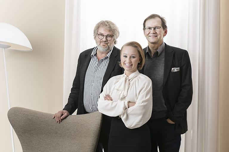 Pauno Narjus, Anna Pakkanen ja Markku Inkeroinen.